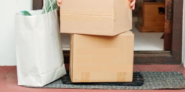 """La caja es el """"héroe"""" del auge del comercio electrónico"""